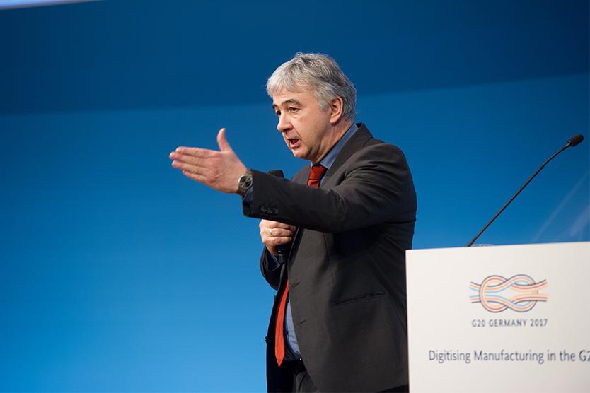 Abschließende Worte sprach Dr. Wolfgang Scheremet, Abteilungsleiter Industriepolitik im Bundesministerium für Wirtschaft und Energie.; Quelle: BMWi/Maurice Weiss