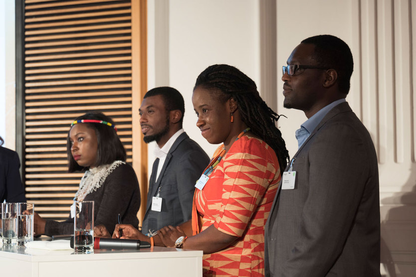 As the night went on, eight African women entrepreneurs took the stage to present a number of innovative solutions that have the potential to be brought to market in Germany.